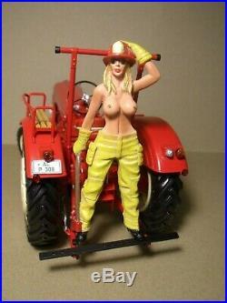 Figurine 1/18 Peinte The Tractor Girl Vroom For Minichamps Schuco 1/18
