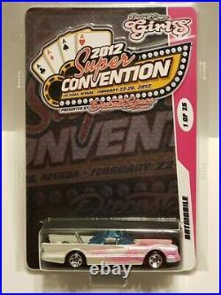 Hot Wheels 2012 SUPER CONVENTION DiecastSpace. Com GIRLS Custom BATMOBILE 1/25