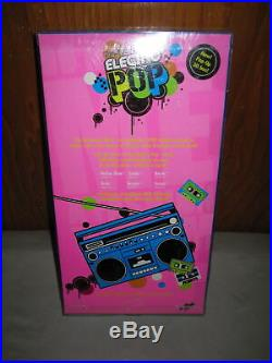 NEW! Integrity Toys Doll Dynamite Girls Electro Pop Sooki With Doll Stand NRFB