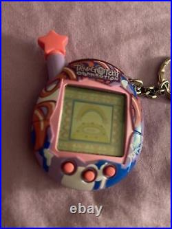 Tamagotchi Connection v4.5 Girls Rock! Used, Works Perfect. NO RESERVE
